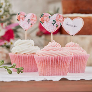 Floral-Heart-Cupcake-